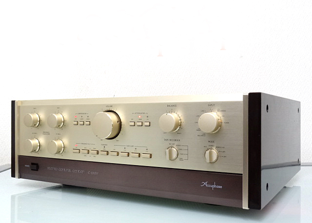 Accuphase-C-200V